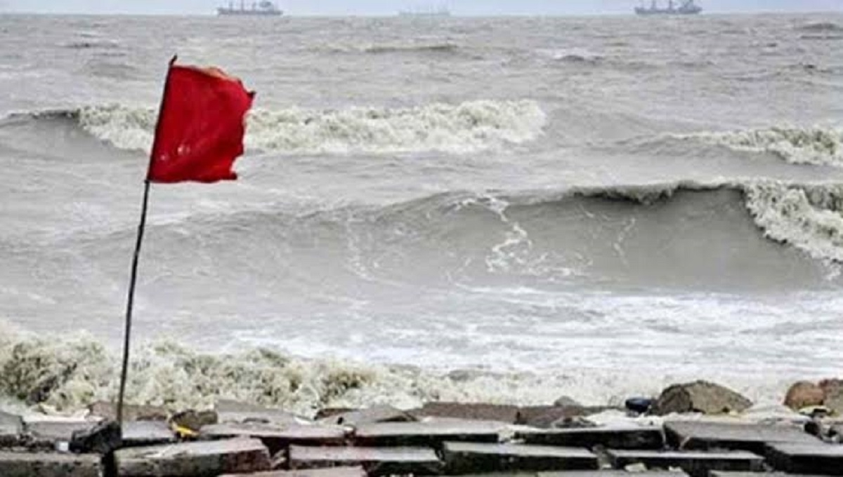 Cyclone Bulbul: Maritime ports asked to hoist signal No 4