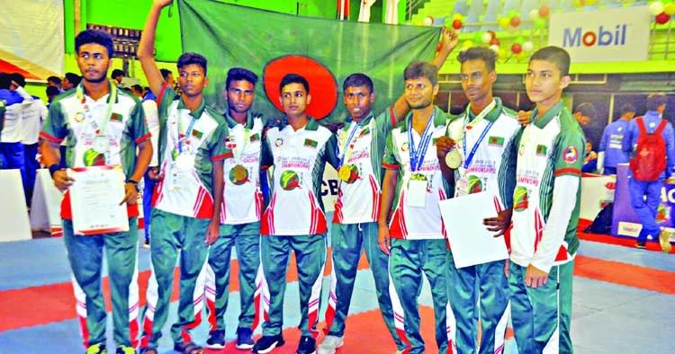 Bangladesh men's junior team clinch gold