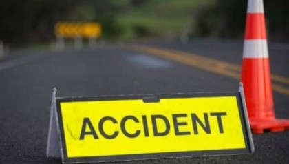 Schoolteacher dies in Narayanganj road crash