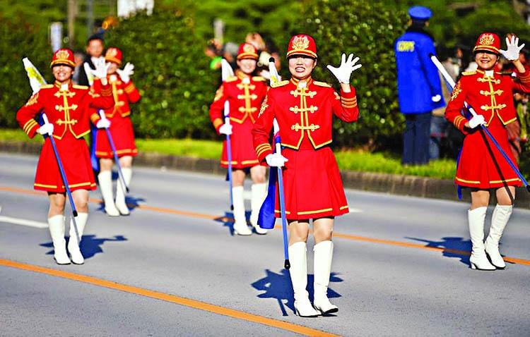 Xi holds talks in Greece en route to BRICS summit