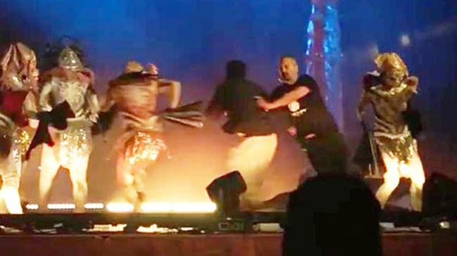 Theatre performers 'stabbed during Riyadh show'