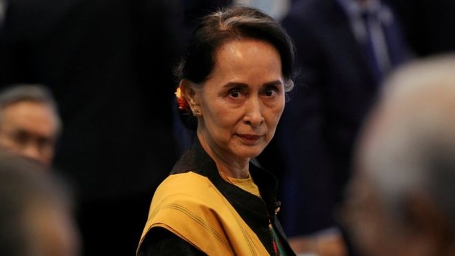 Suu Kyi's visit to 'valley of rubies' courts protest