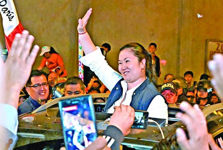Oppn leader leaves prison in Peru