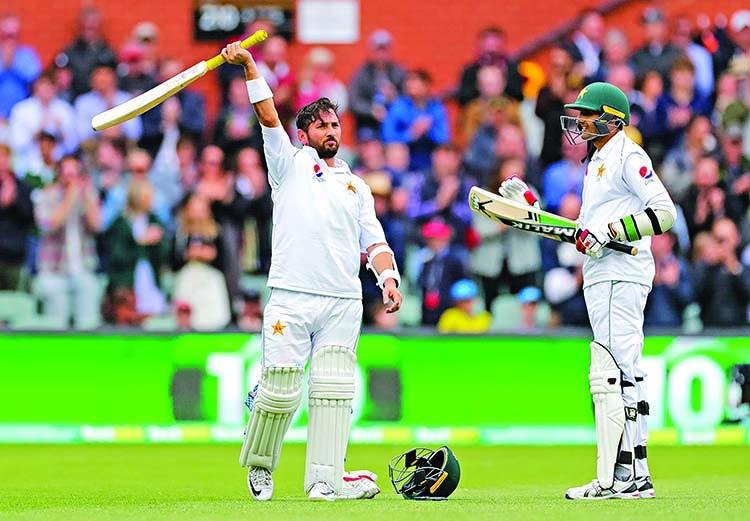 Aussies close in on 2-0 whitewash