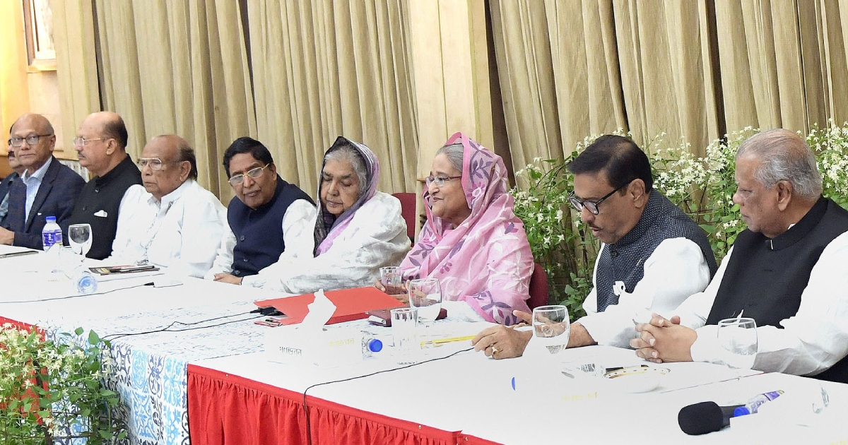 Don't let plunderers, killers return to power: PM