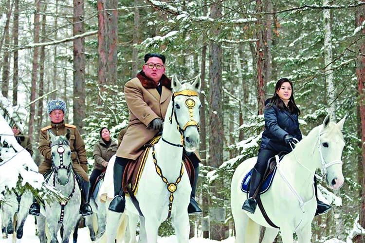 Kim in new horse ride through winter snows