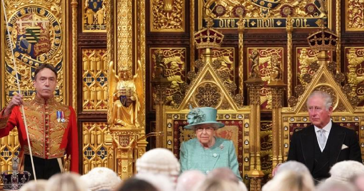 Queen lays out Johnson's Brexit plans at Parliament opening