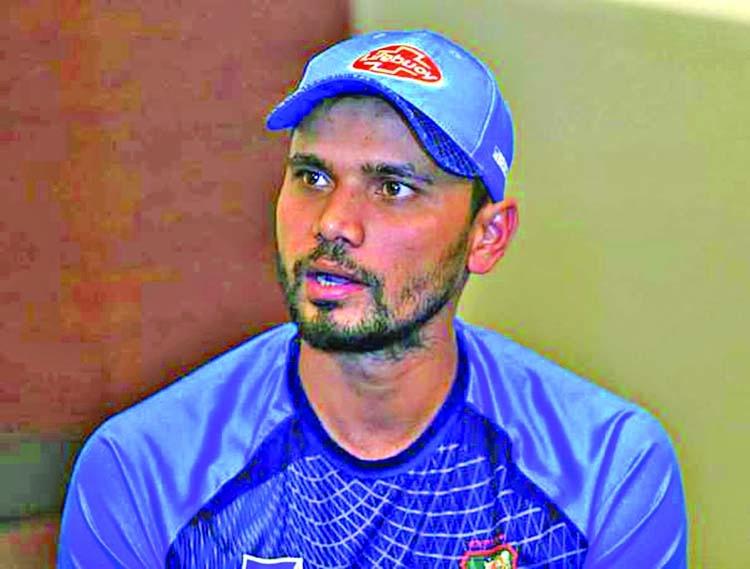 Mash bats for Pak tour amid debate