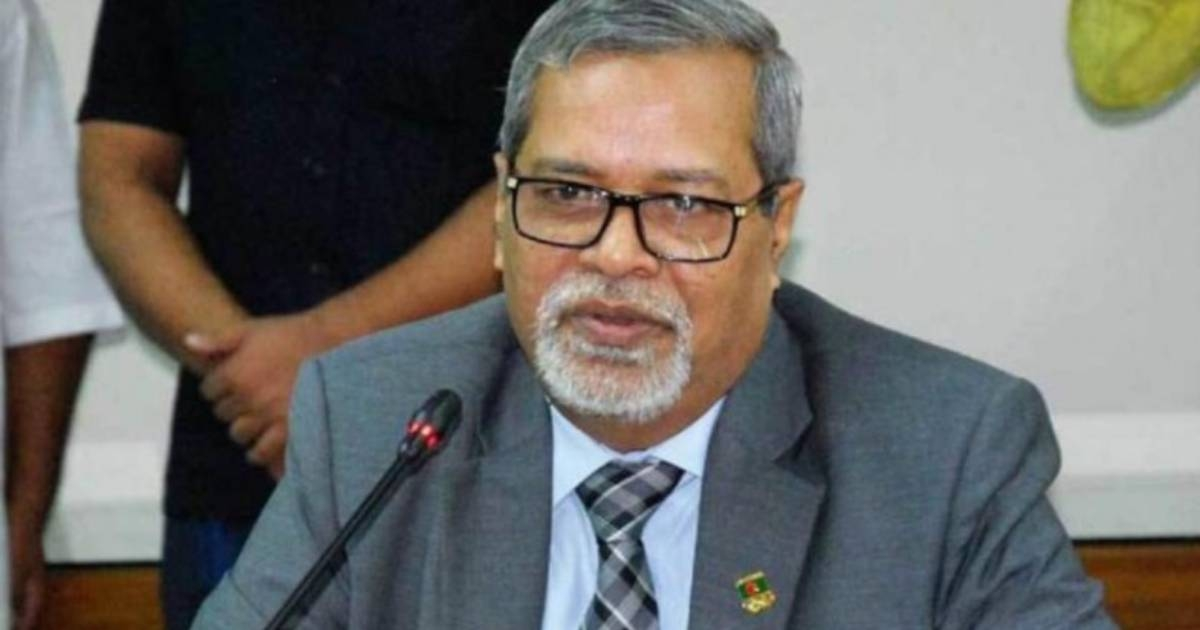 No MP can join electioneering: CEC