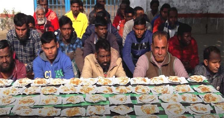Jailors treat prisoners: Winter pitha festival at Meherpur jail