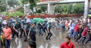 Students clash with police at demanding exam dates at Shahbagh