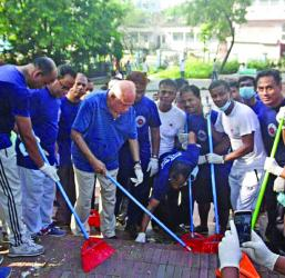 Mosharraf takes part in DC Hill cleaning activities