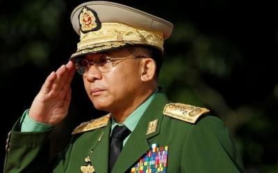 Thailand decorates Myanmar\'s army chief