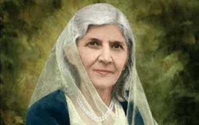 Writing to a long-dead Fatima Jinnah