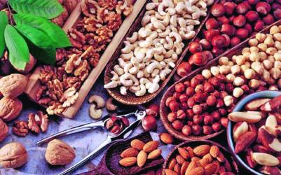 Nuts, the magical foods to lose weight