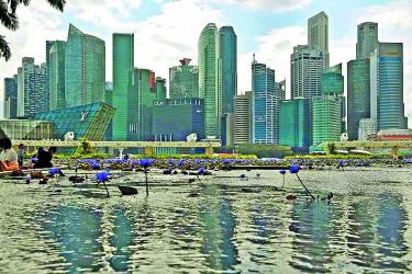 S\'pore poised to aid Asian development: Heng
