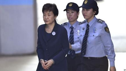 Ex-South Korean president gets another 8-year jail