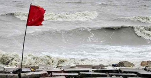 Maritime ports asked to hoist signal 3