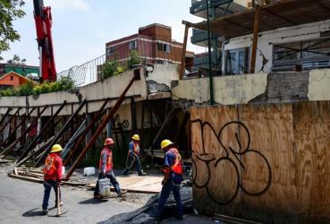Mexico marks twin anniv of quakes