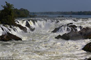 Storm kills 55 in Laos