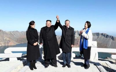 Moon's nuclear diplomacy a 'dangerous gamble': analysts