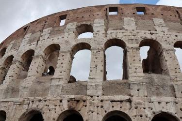 A big short growing in Italian debt