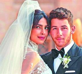 Priyanka sees off husband Nick Jonas