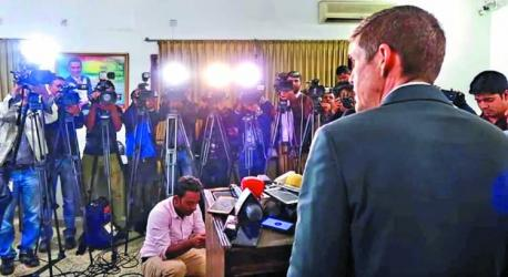 US envoy urges all parties to shun violence