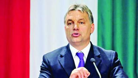 Hungarians continue protest over slave law