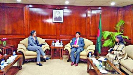 UN expert Lee discusses Rohingya issue with FM Momen