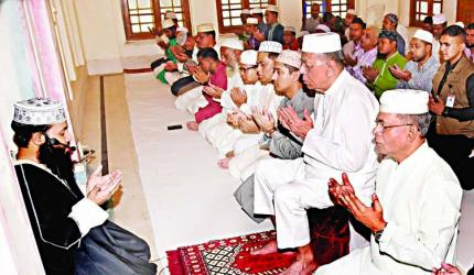 President attends doa for victims