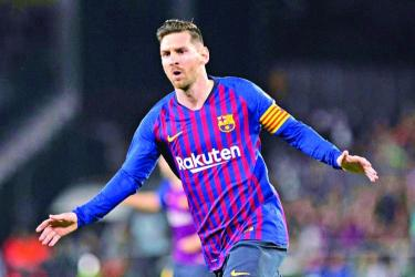 Fantastic Messi hat-trick blows away Betis