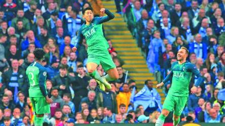 Spurs stun Man City