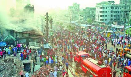 200 shops gutted in city kitchen market fire