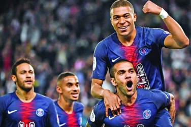 Neymar returns as PSG celebrate title win