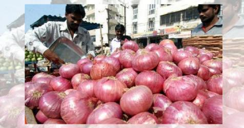 Onion price under control, claims Industries Minister
