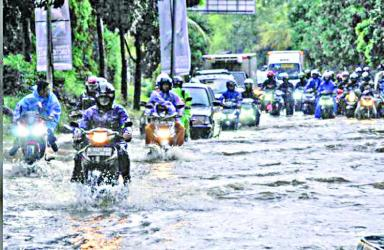 Jakarta hit by serious flooding for second time this year