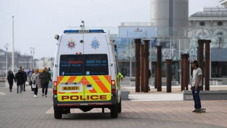 Fears for UK lockdown over weekend of sunshine