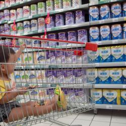 Countries failing to stop harmful marketing of breast-milk substitutes: WHO, UNICEF