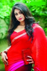 Popy as Purba in new movie \'Bhalobashar Projapoti\'