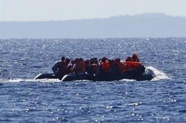At least 11 migrants dead in shipwreck off Libya: UN