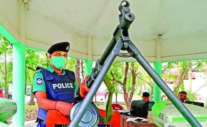 HEFAZAT MAYHEM LMG-armed police on alert in Bangladesh