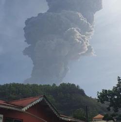 Caribbean volcano eruption sparks mass evacuation