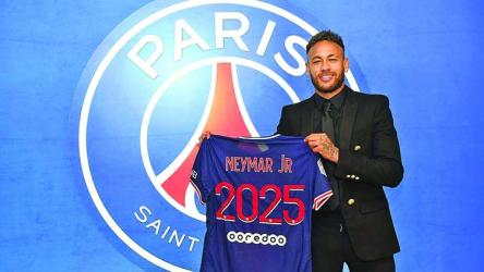 Neymar signs contract extension to 2025 with PSG
