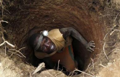 At least 15 dead after Guinean gold mine landslide